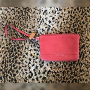 COACH RED LEATHER WRISTLET (WORN)